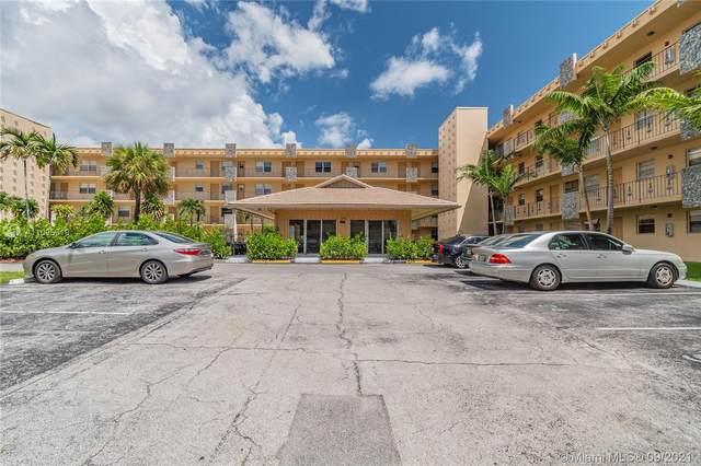 2145 Pierce St #323, Hollywood, FL 33020 (MLS #A11095319) :: GK Realty Group LLC
