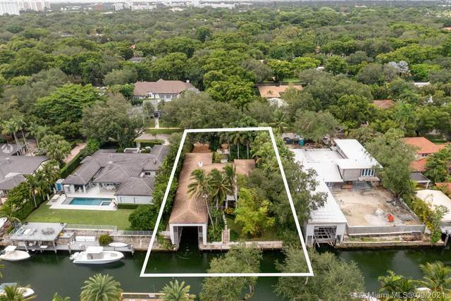 930 Alfonso Ave, Coral Gables, FL 33146 (MLS #A11095325) :: KBiscayne Realty