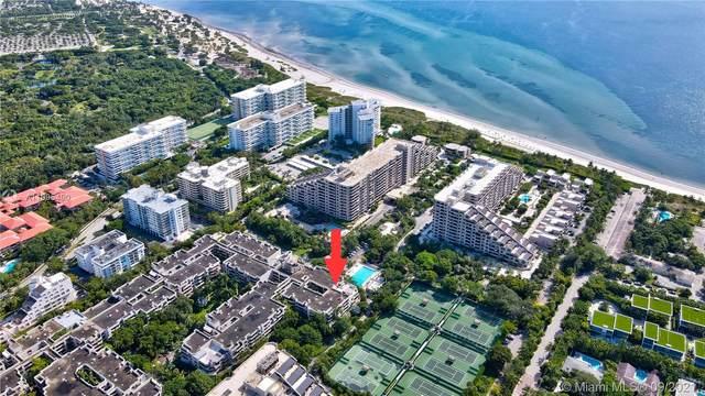 161 Crandon Blvd #312, Key Biscayne, FL 33149 (MLS #A11095490) :: Douglas Elliman