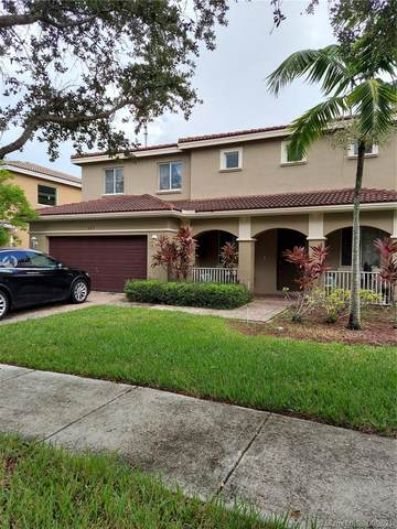 927 NW 206th St, Miami Gardens, FL 33169 (MLS #A11095612) :: The Pearl Realty Group