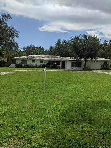 7800 SW 120th St, Pinecrest, FL 33156 (MLS #A11095810) :: CENTURY 21 World Connection