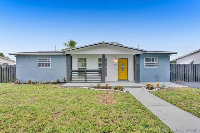 350 SW 67th Ave, Pembroke Pines, FL 33023 (MLS #A11095843) :: The Rose Harris Group