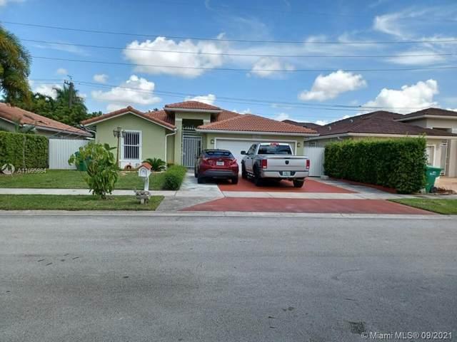 Homestead, FL 33033 :: Douglas Elliman