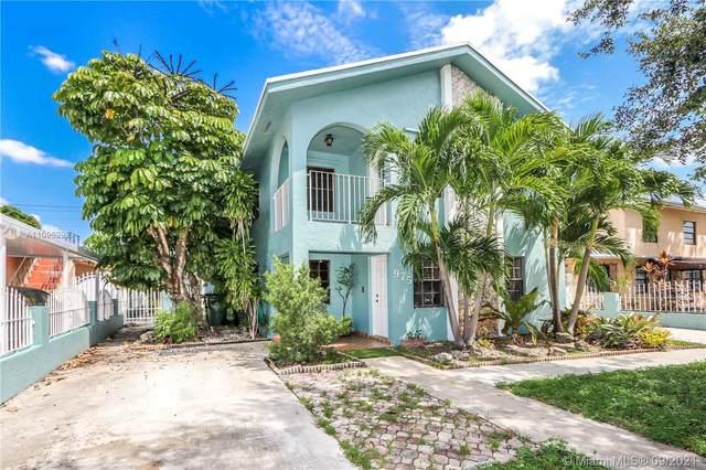 975 E 19th St, Hialeah, FL 33013 (MLS #A11096292) :: Jo-Ann Forster Team