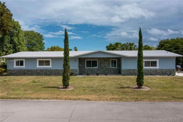 8004 SW 102nd St, Miami, FL 33156 (MLS #A11096394) :: Jo-Ann Forster Team