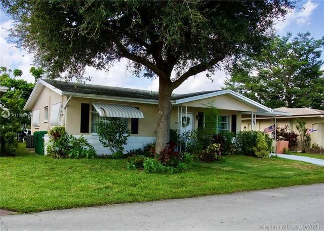 4913 NW 48th Avenue, Tamarac, FL 33319 (MLS #A11096428) :: Douglas Elliman