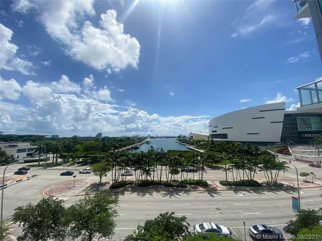 888 Biscayne Blvd #409, Miami, FL 33132 (MLS #A11096544) :: Berkshire Hathaway HomeServices EWM Realty