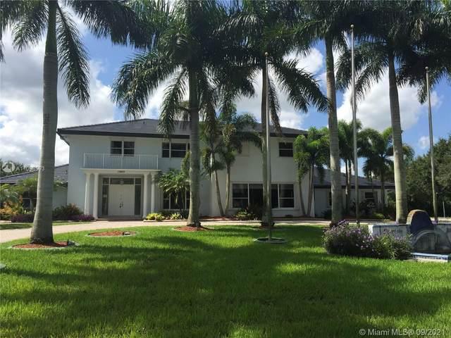 13900 SW 24th St, Davie, FL 33325 (MLS #A11096593) :: Douglas Elliman