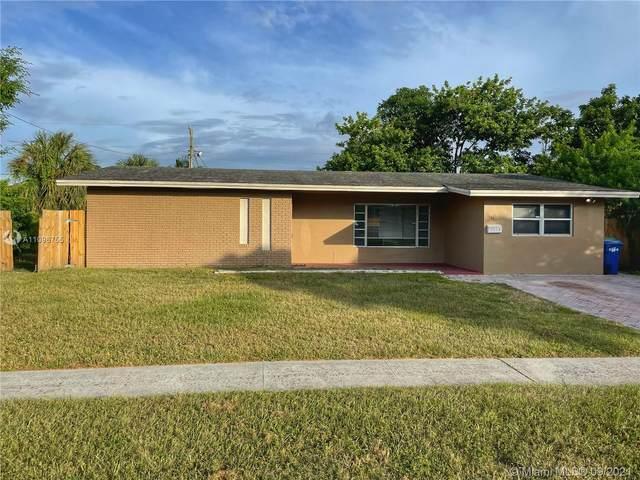 1148 NW 42nd Way, Lauderhill, FL 33313 (MLS #A11096755) :: Douglas Elliman