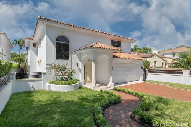 210 SW 28th Rd, Miami, FL 33129 (MLS #A11096822) :: Douglas Elliman