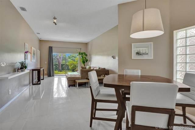 16309 Emerald Cove Rd #16309, Weston, FL 33331 (MLS #A11096873) :: Vigny Arduz | RE/MAX Advance Realty