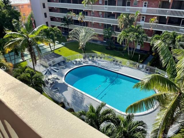 200 NE 12th Ave 2E, Hallandale Beach, FL 33009 (MLS #A11097130) :: Douglas Elliman