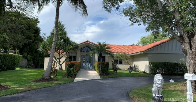 7701 SW 182nd Ter, Palmetto Bay, FL 33157 (MLS #A11097541) :: Onepath Realty - The Luis Andrew Group