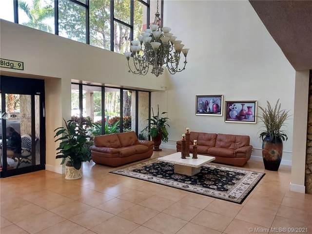 16475 Golf Club Rd #311, Weston, FL 33326 (MLS #A11097581) :: Berkshire Hathaway HomeServices EWM Realty