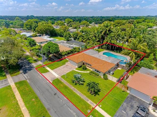 5561 SW 6th, Plantation, FL 33317 (MLS #A11097671) :: Search Broward Real Estate Team