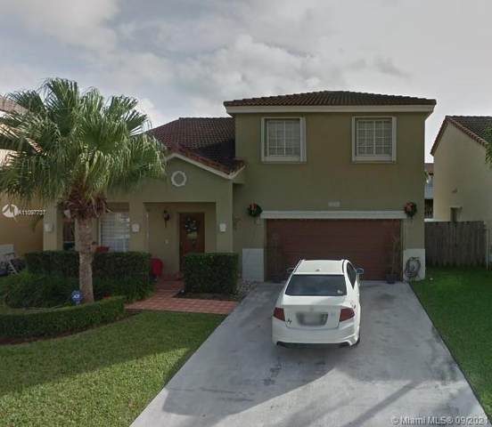 7251 SW 158th Pl, Miami, FL 33193 (MLS #A11097737) :: Jo-Ann Forster Team