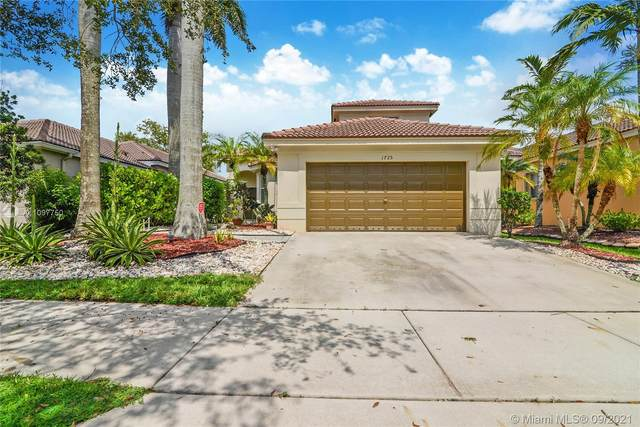 1725 Winterberry Ln, Weston, FL 33327 (MLS #A11097750) :: Berkshire Hathaway HomeServices EWM Realty