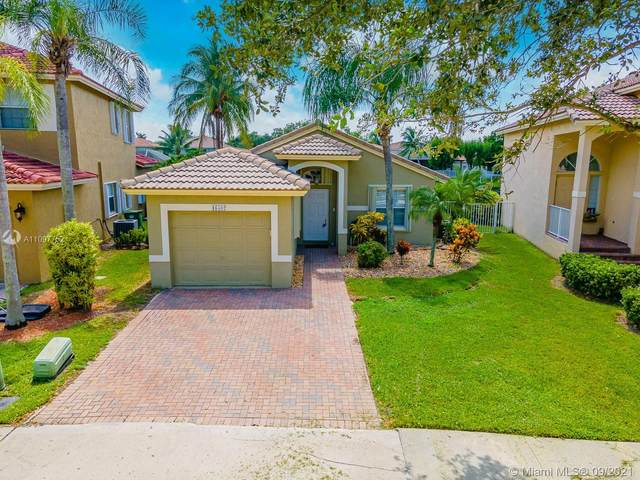 16502 Sapphire St, Weston, FL 33331 (MLS #A11097752) :: The Pearl Realty Group