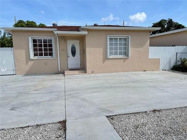 317 E 20th St, Hialeah, FL 33010 (MLS #A11097965) :: Jo-Ann Forster Team
