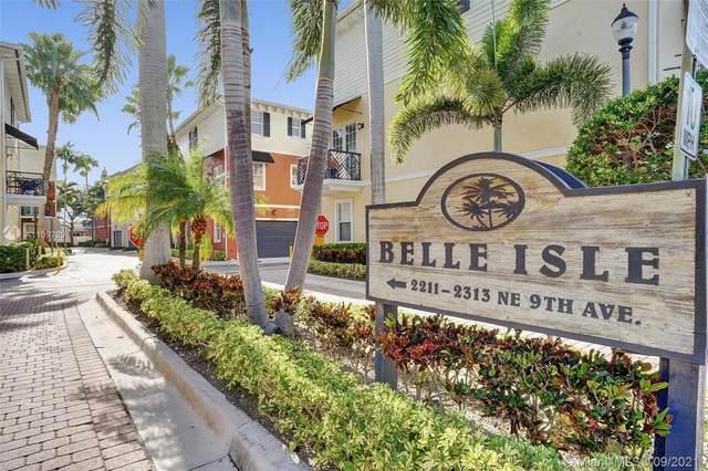 2285 NE 9th Ave #2285, Wilton Manors, FL 33305 (MLS #A11097994) :: Castelli Real Estate Services
