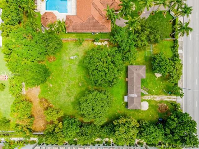 12525 SW 104th St, Miami, FL 33186 (MLS #A11098095) :: Castelli Real Estate Services