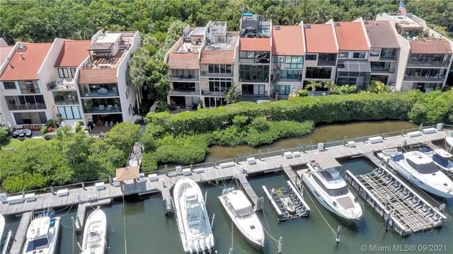 6022 Paradise Point Dr, Palmetto Bay, FL 33157 (MLS #A11098282) :: Douglas Elliman