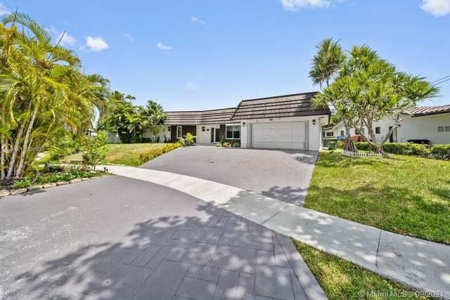 13255 Keystone Ter, North Miami, FL 33181 (MLS #A11098500) :: Douglas Elliman