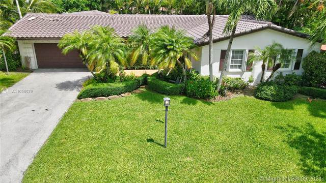 7331 SW 116th St, Pinecrest, FL 33156 (MLS #A11098529) :: Douglas Elliman