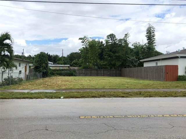8847 SW 128 ST, Pinecrest, FL 33176 (MLS #A11098548) :: Douglas Elliman