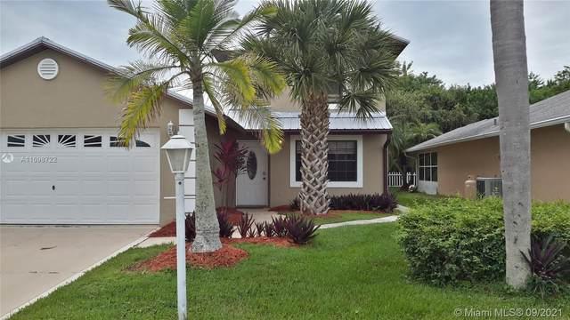 644 SE 26 Drive, Okeechobee, FL 34974 (MLS #A11098722) :: Podium Realty Group Inc