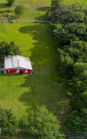 SW 14, Davie, FL 33325 (MLS #A11098734) :: Castelli Real Estate Services