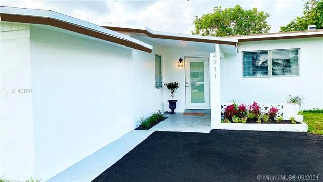 4711 NW 11th Ct, Lauderhill, FL 33313 (MLS #A11098741) :: Douglas Elliman
