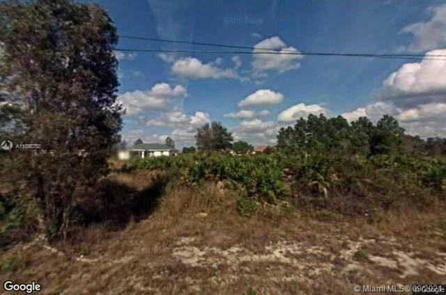 3016 Sw 37th St, Lehigh Acres, FL 33976 (MLS #A11098758) :: Douglas Elliman