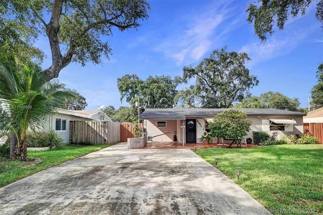 6621 Atlanta St, Hollywood, FL 33024 (MLS #A11098808) :: Berkshire Hathaway HomeServices EWM Realty