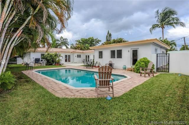 1623 Jackson St, Hollywood, FL 33020 (MLS #A11098820) :: Castelli Real Estate Services