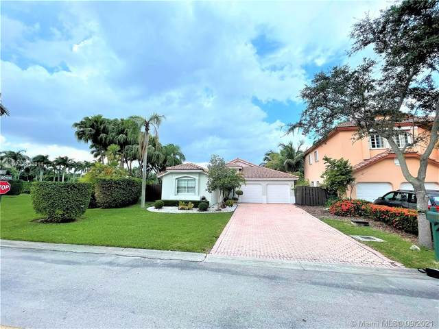 5925 NW 110th Ct, Doral, FL 33178 (MLS #A11098914) :: CENTURY 21 World Connection