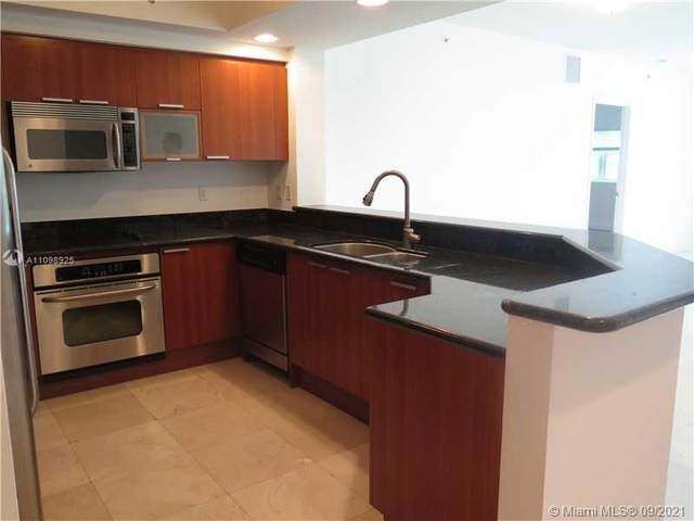 14951 Royal Oaks Ln #2204, North Miami, FL 33181 (MLS #A11098925) :: Berkshire Hathaway HomeServices EWM Realty