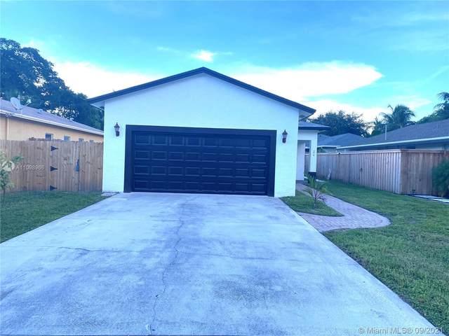2410 Sundy Ave, Delray Beach, FL 33444 (#A11098966) :: Dalton Wade