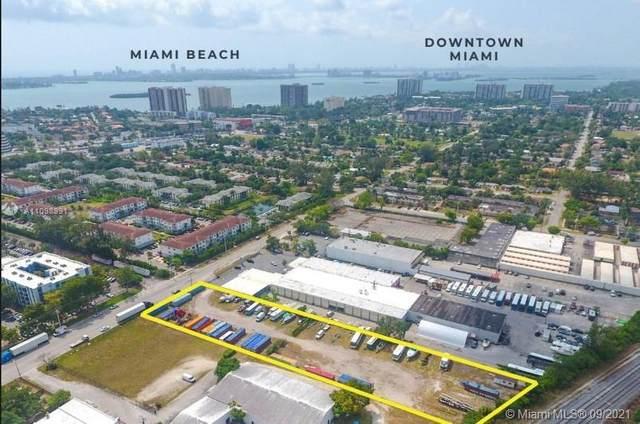 12052 NE 14th Ave, North Miami, FL 33161 (MLS #A11098991) :: Douglas Elliman