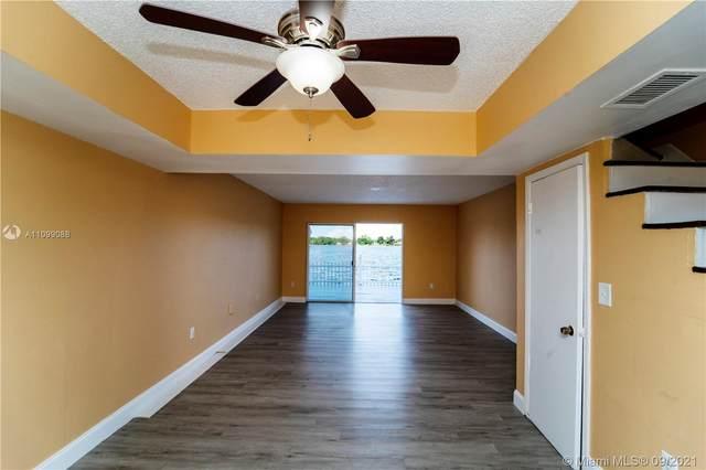 4134 SW 61st Ave #2, Davie, FL 33314 (MLS #A11099088) :: Douglas Elliman