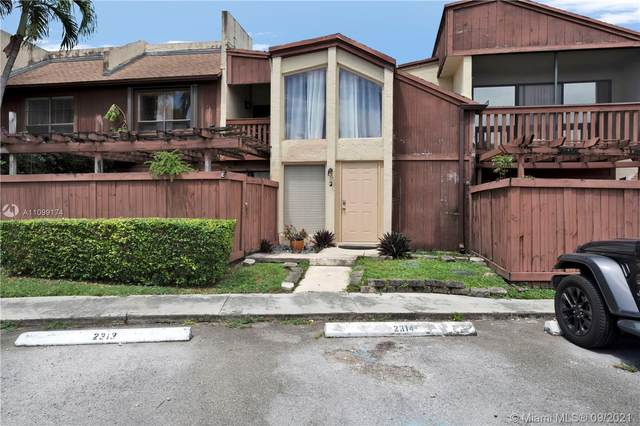 6864 SW 114th Pl F61, Miami, FL 33173 (MLS #A11099174) :: Search Broward Real Estate Team