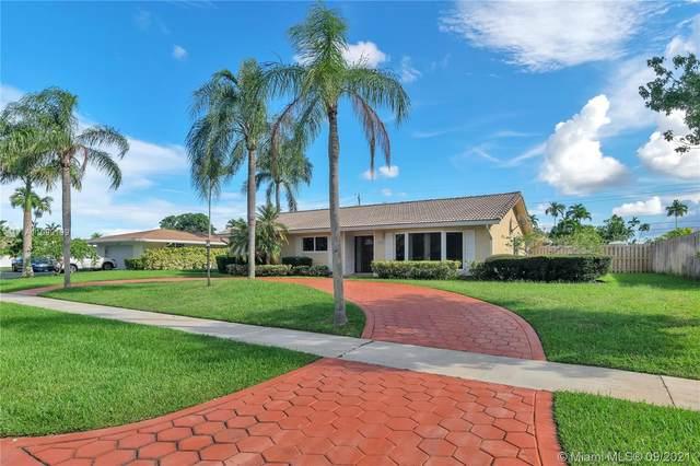 4916 Buchanan St, Hollywood, FL 33021 (MLS #A11099199) :: All Florida Home Team