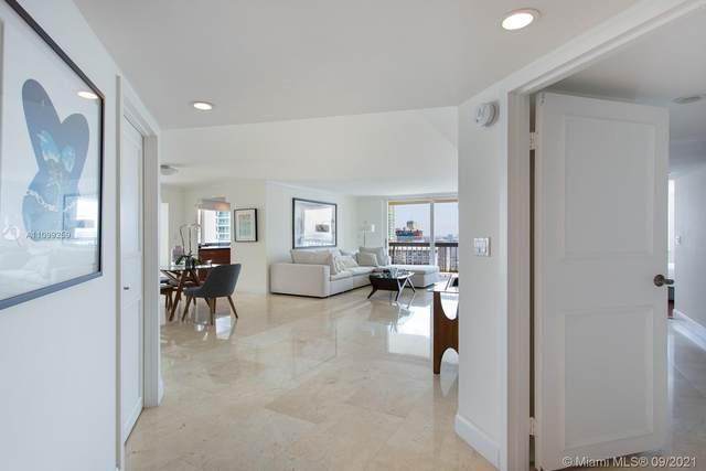 2333 Brickell Ave #2811, Miami, FL 33129 (MLS #A11099259) :: Prestige Realty Group