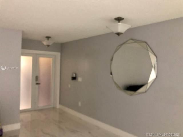 15110 SW 58th St, Miami, FL 33193 (MLS #A11099303) :: Berkshire Hathaway HomeServices EWM Realty