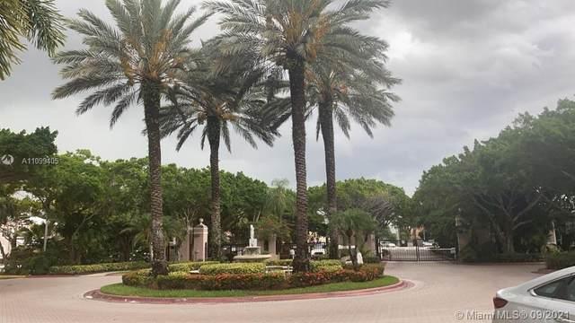 12118 Saint Andrews #105, Miramar, FL 33025 (MLS #A11099405) :: Re/Max PowerPro Realty