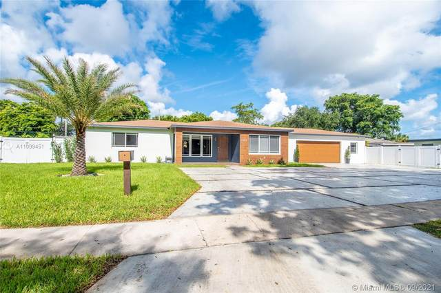 5745 Madison St, Hollywood, FL 33023 (MLS #A11099451) :: The Pearl Realty Group