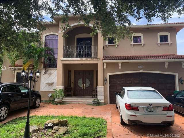 9004 NW 174th Ln, Hialeah, FL 33018 (MLS #A11099487) :: Onepath Realty - The Luis Andrew Group