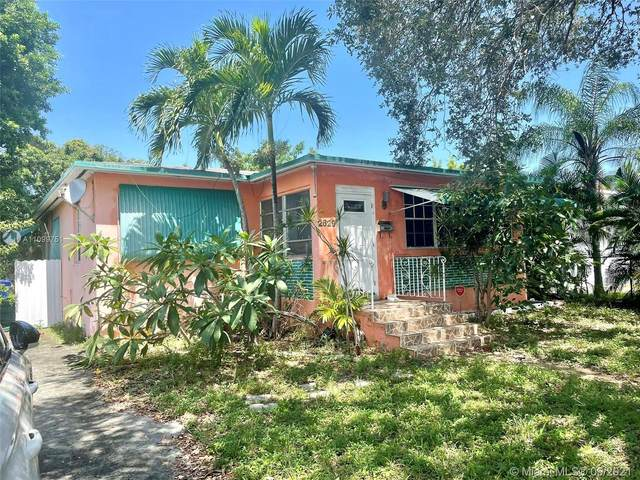 2629 Funston St, Hollywood, FL 33020 (MLS #A11099751) :: CENTURY 21 World Connection