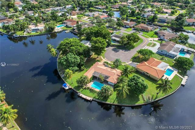 2050 SW 56th Ave, Plantation, FL 33317 (MLS #A11099927) :: Podium Realty Group Inc
