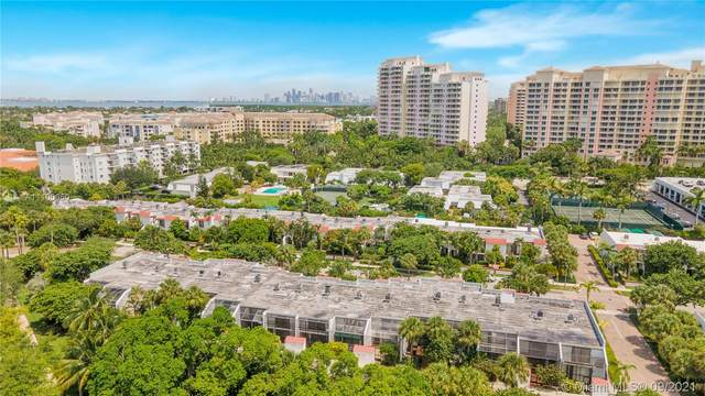 450 Grapetree Dr #314, Key Biscayne, FL 33149 (MLS #A11100050) :: The Riley Smith Group